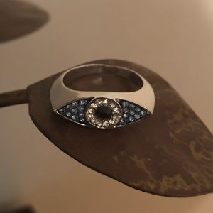 Cute Silver Toned Ring